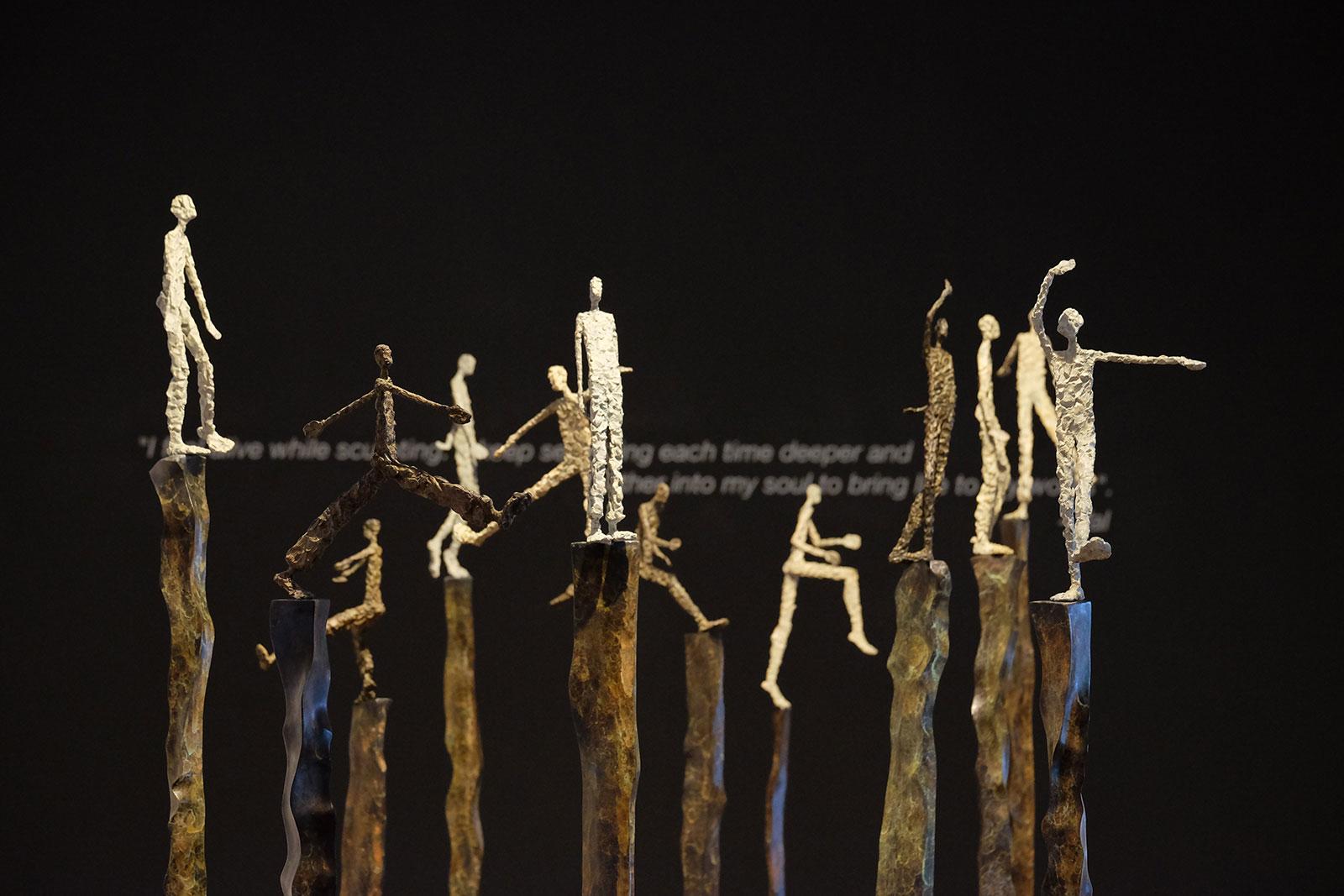 La sculpteure française Val - Valérie Goutard - avec REDSEA Gallery avec Sculptureval