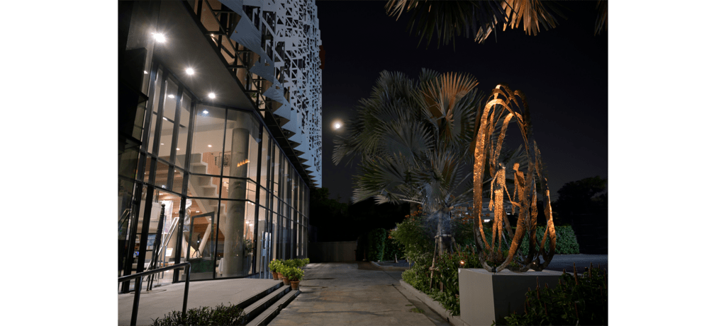 Attraction II by French sculptor Val - Valérie Goutard - with Sculptureval at the Alliance Française Bangkok – Thailand