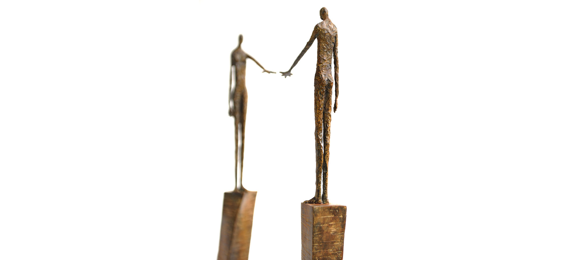 Finding soul mate by French sculptor Val - Valérie Goutard - with Sculptureval