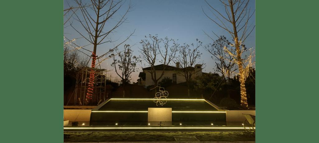 Jour de fête de la sculpteure française Val – Valérie Goutard – avec Sculptureval à Résidence à Shanghai – Chine