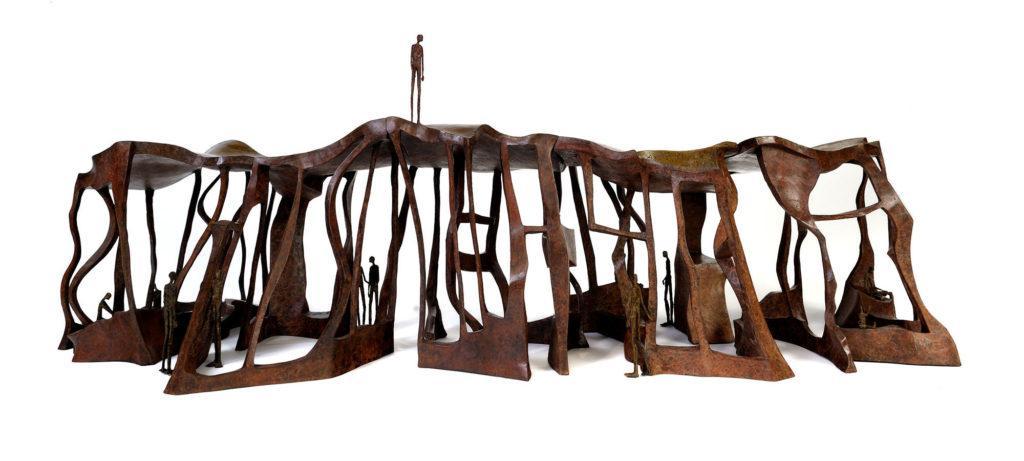Le toit du monde de la sculpteure française Val – Valérie Goutard – avec Sculptureval