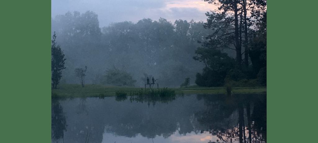Le rendez-vous amoureux by French sculptor Val - Valérie Goutard - with Sculptureval at Jouy-en-Josas sculptures park – France