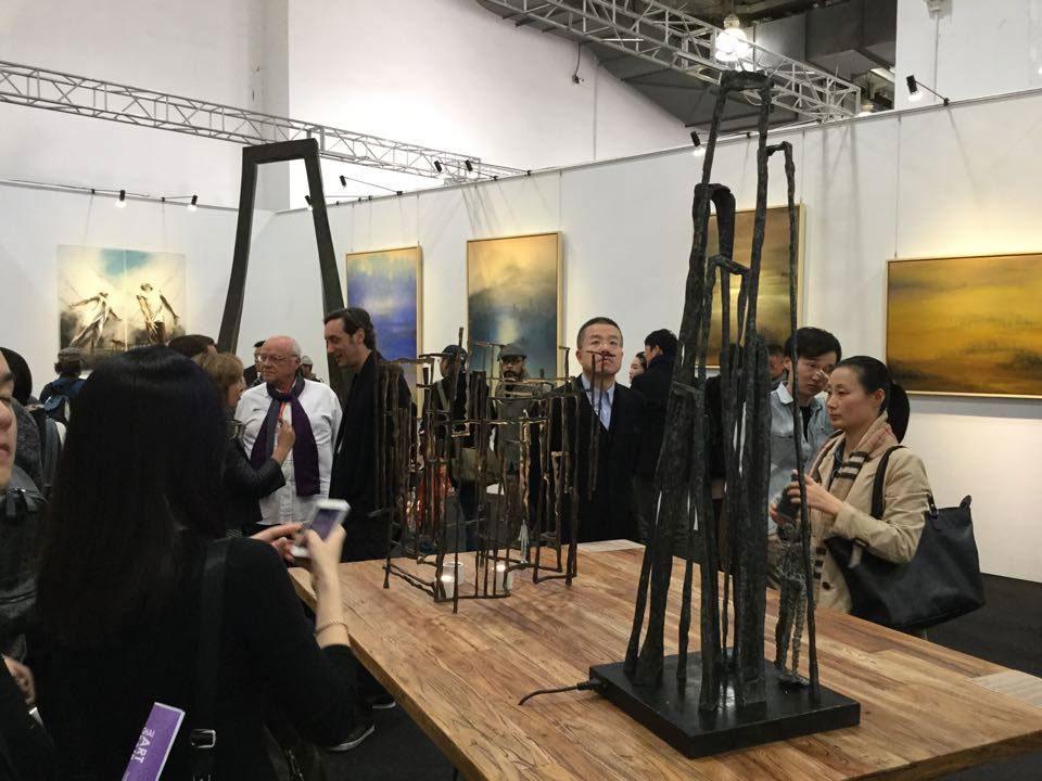 La sculpteure française Val - Valérie Goutard - avec Philippe Staib Gallery à Art Taipei avec Sculptureval