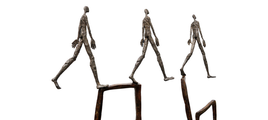 The parade by French sculptor Val - Valérie Goutard - with Sculptureval